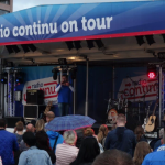 podium trailer radio continu on tour