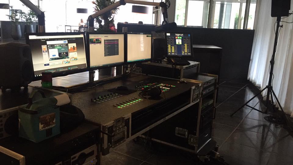 concepten mobiele radiostudio voor bedrijven